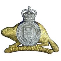 Metal badge of the Royal 22nd Regiment